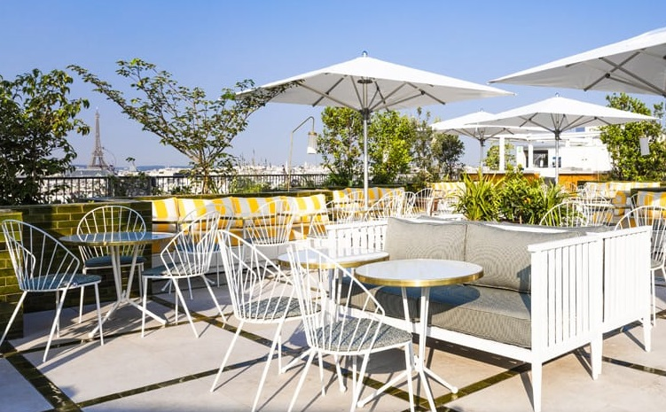 Rooftop restaurant Perruche